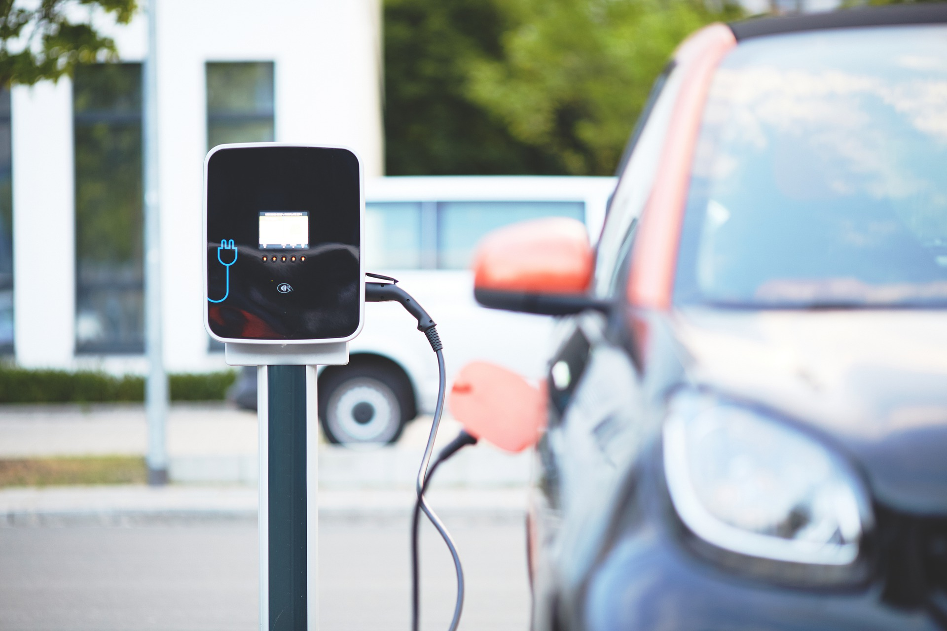 How do you charge electric vehicles? - Charging EVs ...